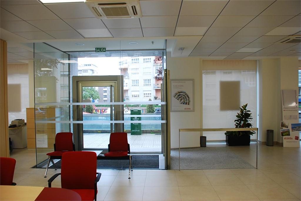 reforma oficina banco popular urbana 2 vigo obra privada